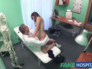 Fakehospital רופא examines חמוד חם סקסי חולה: פורנו e8