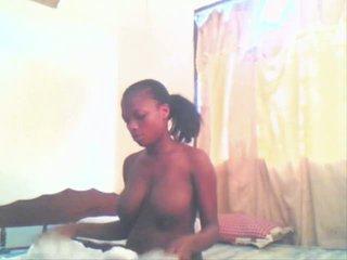 East afrikai lány aisha getting szar által neki boyfriend