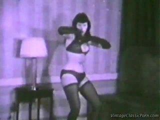Vuosikerta eroottinen dancer