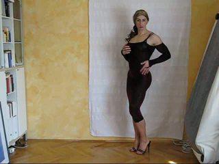 娼婦 ファッション ショー