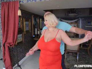 Mamalhuda puta milf samantha 38g fucks universidade dance instructor