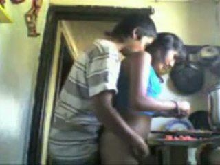 Warga india studens backdoor seks dalam yang dapur