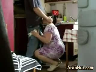 Thick חובבן arab חתיכה gets מזוין
