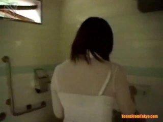 Oral xxx dalam yang baths