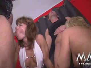 sesso di gruppo, scambisti, matura