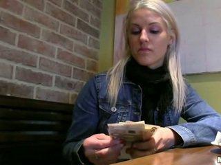 Чешка дівчина beata сперма на манда для готівка