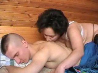 Μεθυσμένος/η ρωσικό μητέρα seduces ο youth