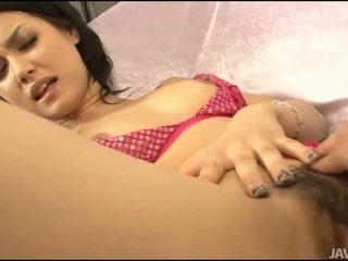 Sex med asiatisk hårete gal