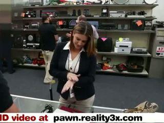 Todellinen spycam seksi - foxy liike nainen gets perseestä - pawn.reality3x.com