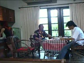antiguo + joven, tailandés