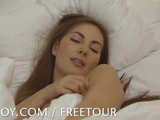 Mare breasted connie carter waking în sus pentru climax