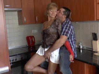 Karvainen saksalainen mummo loves anaali - r9