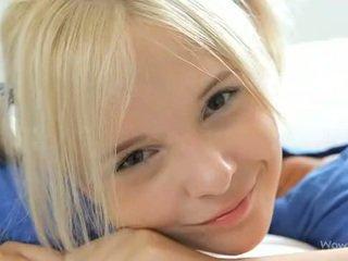 Fest av ett 8 - blond engel monroe