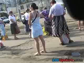 Fikiran blowing sehingga skirt ada seluar miang/gatal pandangan