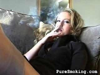 video, ragazze giovani fumatori, feticismo fumo