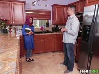 দুধাল মহিলা arab বালিকা gets একটি গরম কাম filling