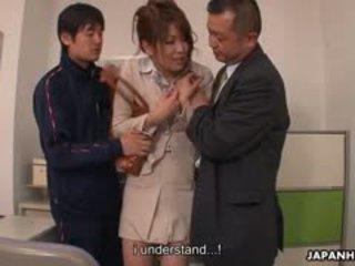 Paauglys varpa loving yuuno hoshi yra apgraibytas iki two teachers