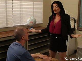 Liels titted instructor romi lietus having jāšanās onto erotisks america