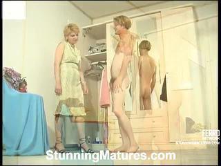 Christina e tobias bizarro mamãe dentro ação
