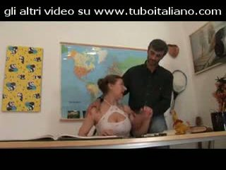 Fratello e sorella amatoriali италиански аматьори
