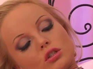 Silvia saint solo: grátis loira porno vídeo dc