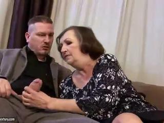 Okropne tłusta babcia gets fucked ciężko