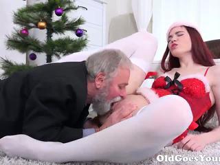 Oud goes jong - oud man knows hoe naar eten poesje: hd porno 87