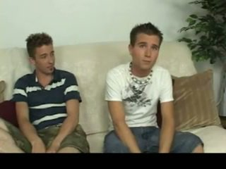 Aiden & sean having homosexual sex på den sofa homosexual porno 4 av gotbroke