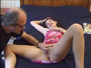 Un vieux se tape une jeune, tasuta 18 years vana porno video 92
