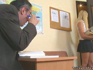 Delightful anal sexo com professora