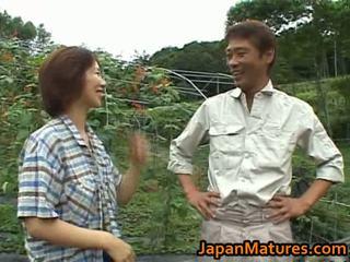 Chisato shouda asijské zralý kuřátko gets