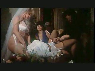 lesbičky, vysoké podpatky, spodní prádlo