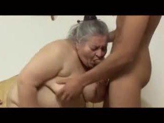 Nonnina gets scopata giovane guy