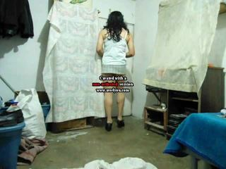 Amatir crossdresser di mini rok hubungan intim travolteadito