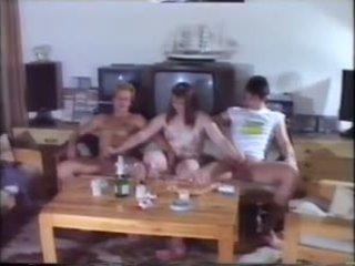 Vakarėlis orgie: nemokamai mėgėjiškas porno video 77