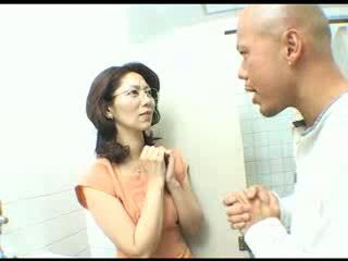 Japanese wife suck boss cock at work Video