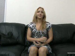Кастинг з painful анал deepthroating і swallowing сперма відео