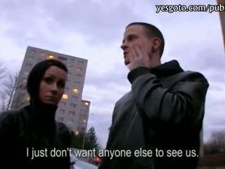 Tšehhi tüdruksõber lucie threeway jaoks raha