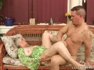 Oma sex zusammenstellung having die awesomest liebe aktion