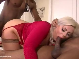 Klaudia Kelly interracial DP