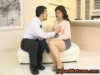 Hitomi kurosaki ناضج الآسيوية كتكوت part3