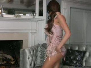 brunettes most, more babes all, solo girls