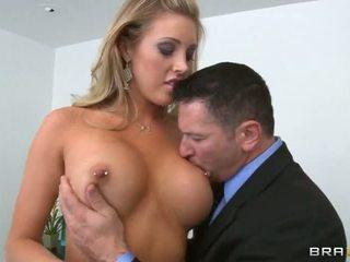 segar tetek besar terbaik, baru titty fuck semua, penuh tekak yang mendalam menonton