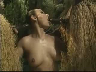 Afričan brutally fucked americký žena v džungle video