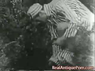 1915 gila antik di luar lucah!