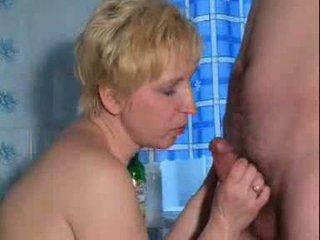 Dewasa seksi stimulating dewasa wanita adalah bermain dengan diri