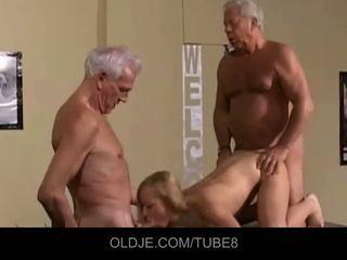 Appetizing شاب شقراء في an قديم مجموعة من ثلاثة أشخاص