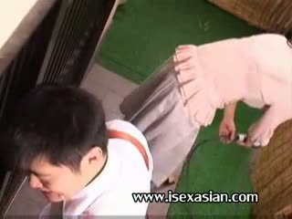 एशियन मेच्यूर an आंटी आवश्यकता सेक्स साथ two युवा स्टूडेंट
