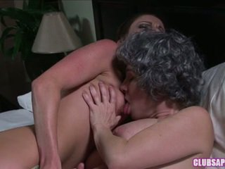 Rayveness And Samantha Ryan Giving A Kiss And Finger Make Love