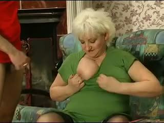 Blondynka grannie - punishment turns w seks